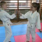 Radość dzieci z treningu judo