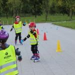 Nauka jazdy na rolkach dla dzieci pod Tauron Areną w Krakowie
