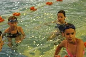 Pływanie w obozie nad Soliną