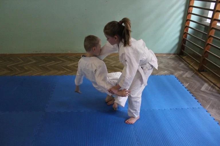 Judo dla dzieci - trening rzutu