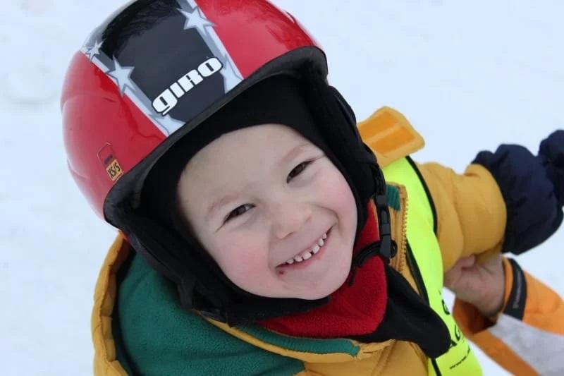 Nauka jazdy na nartach dla najmlodszych
