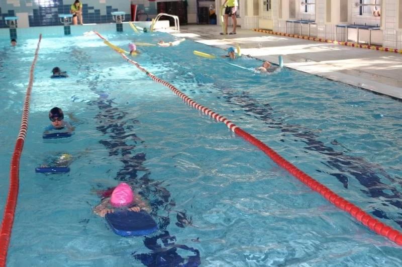 Nauka pływania dla dzieci w Krakowie